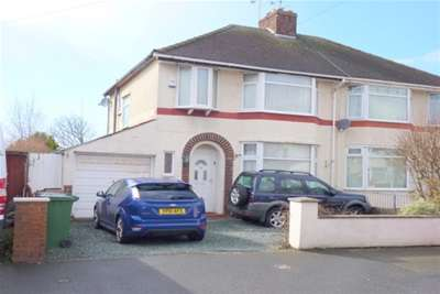 3 Bedrooms House for rent in Wakefield Drive, Moreton