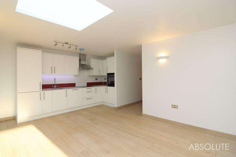 2 Bedrooms Apartment Flat for rent in Commerce House, Abbey Road, Torquay