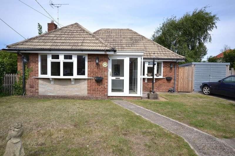 2 Bedrooms Detached Bungalow for sale in Eastern Road, Lydd, ROMNEY MARSH, Kent