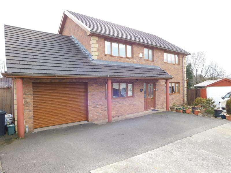 4 Bedrooms Detached House for sale in Bay View Gardens, Skewen, Neath, Neath Port Talbot.