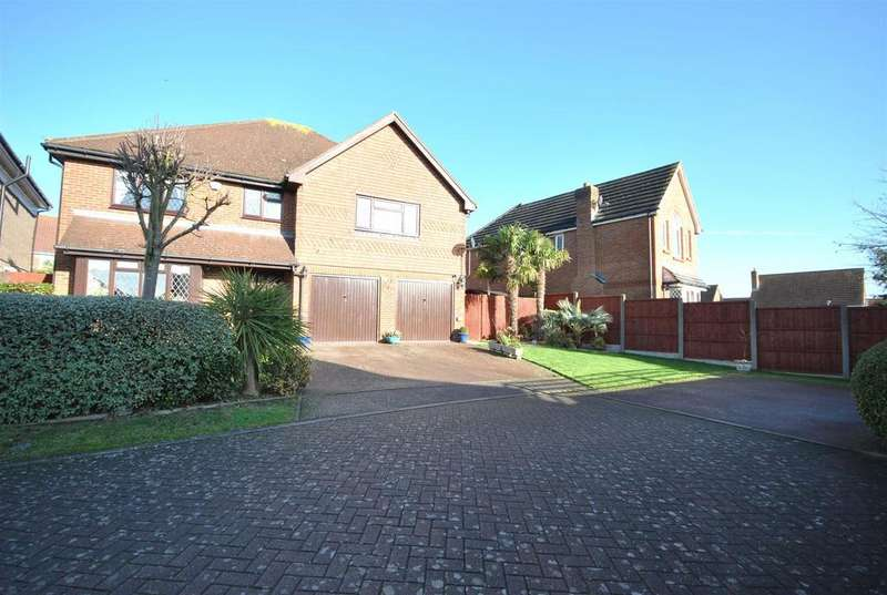 5 Bedrooms Detached House for sale in Richardson Crescent, West Cheshunt