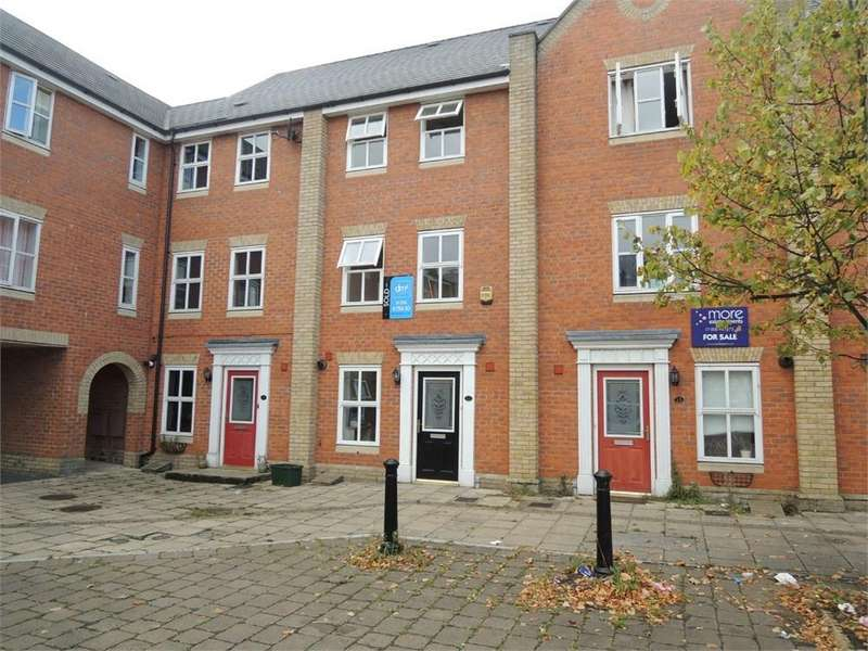 4 Bedrooms Town House for rent in Hesper Road, COLCHESTER, CO2