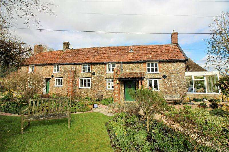 4 Bedrooms Detached House for sale in Chilson Common, South Chard