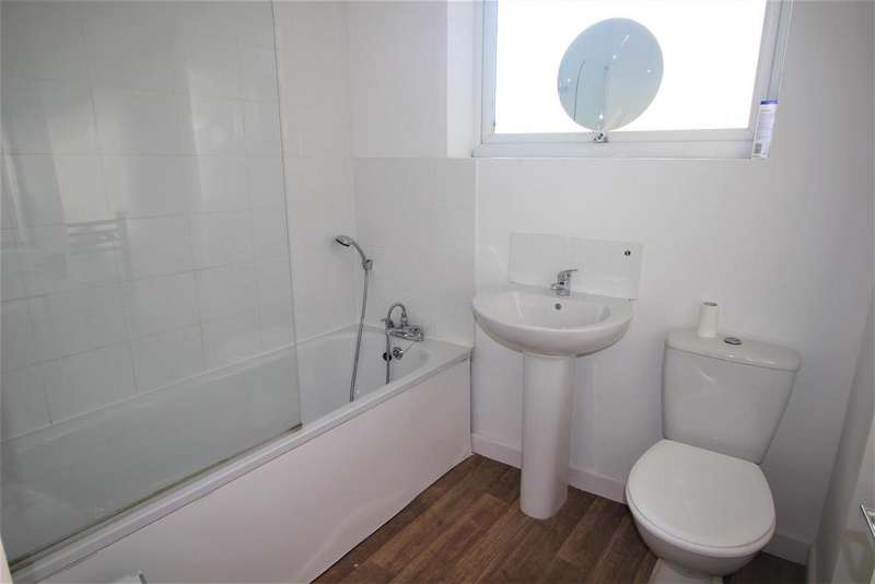2 Bedrooms House for rent in Shenley Road, Borehamwood