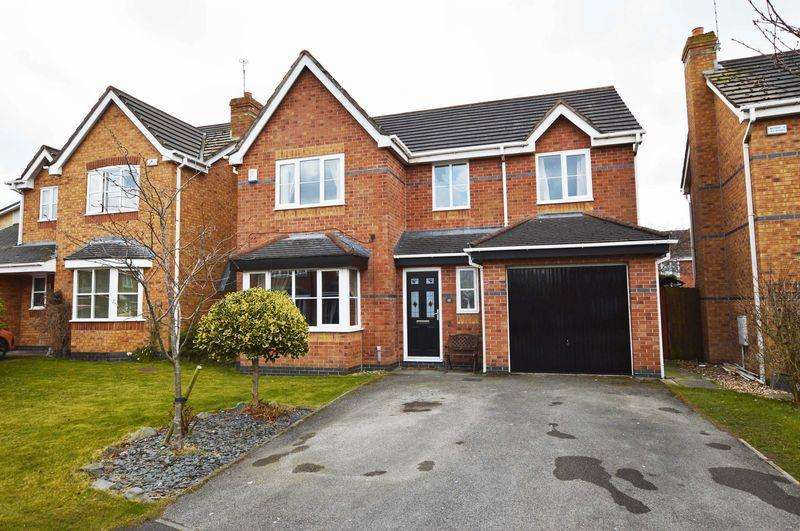 4 Bedrooms Detached House for sale in Bescot Way, Thornton-Cleveleys, FY5 3QA