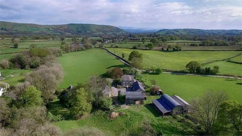 3 Bedrooms Detached House for sale in Cilycwm, Llandovery, Carmarthenshire