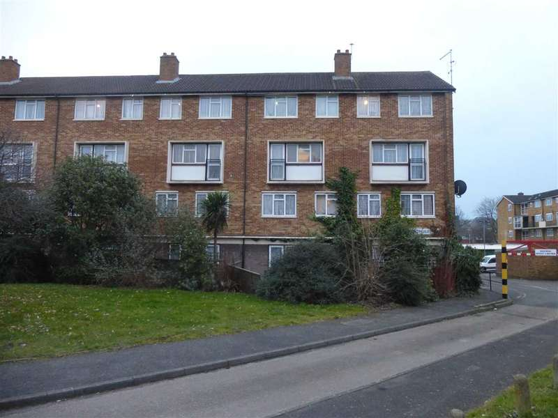 3 Bedrooms Maisonette Flat for sale in Nightingale House, Croyde Avenue, Hayes