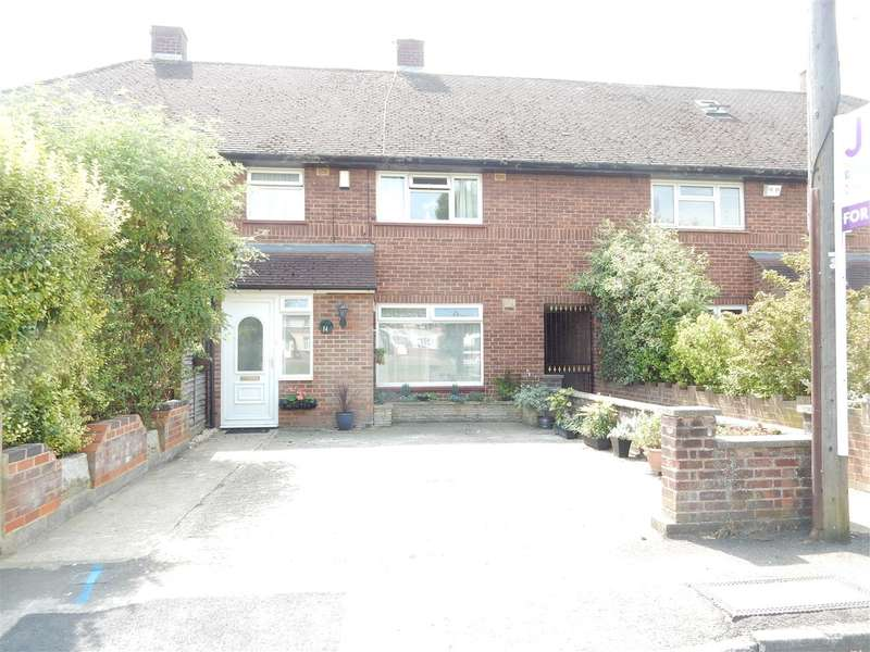 Terraced House for sale in Phipps Road, Slough