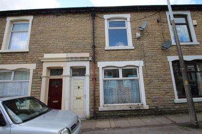 3 Bedrooms Terraced House for sale in Ratcliffe Street, Darwen, Lancashire, BB3