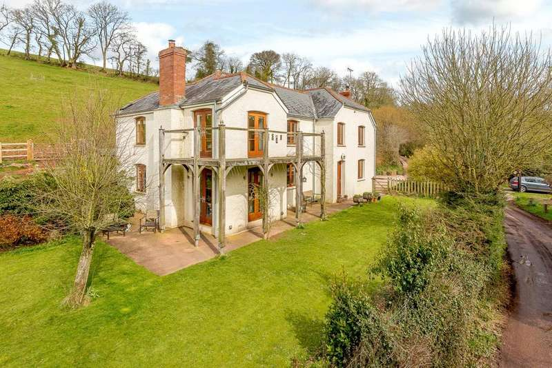 4 Bedrooms Detached House for sale in Silverton, Exeter, Devon