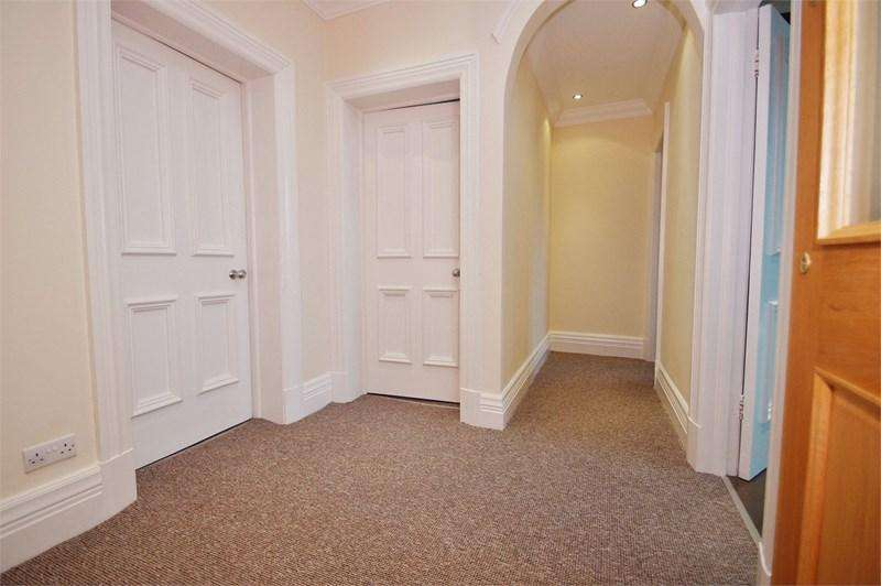 2 Bedrooms Apartment Flat for sale in Liverpool Road, Birkdale