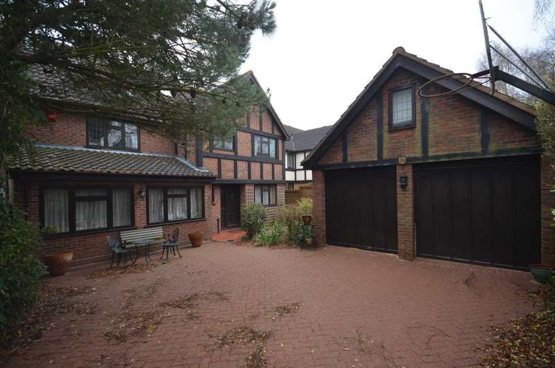 5 Bedrooms Detached House for sale in Northgate, Thorpe End