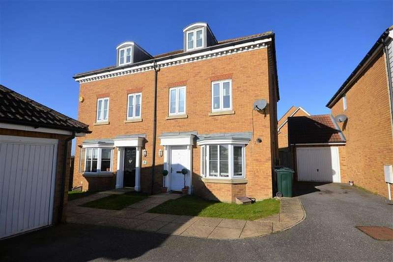 3 Bedrooms Town House for rent in Hedgers Way, Ashford, Kent