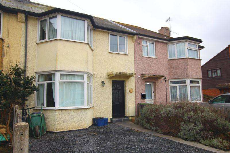 3 Bedrooms Terraced House for sale in Suffolk Avenue, Leigh-On-Sea