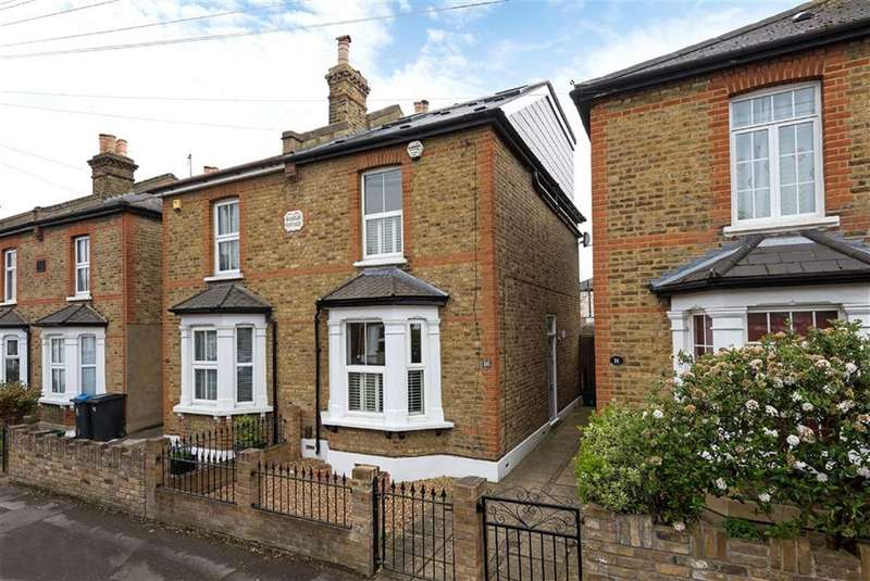 3 Bedrooms Semi Detached House for sale in Windsor Road, Kingston Upon Thames