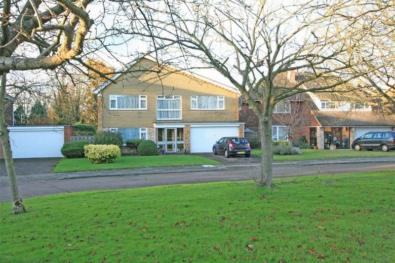 4 Bedrooms Detached House for sale in Lawn Close, Sundridge Park, Bromley, Kent