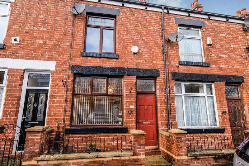 2 Bedrooms Terraced House for sale in Victoria Grove, Bolton