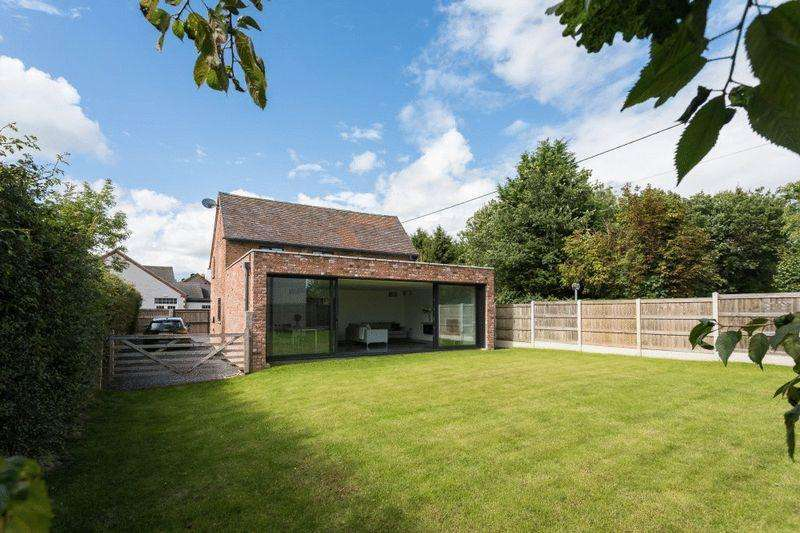 4 Bedrooms Unique Property for sale in 72 Broad Lane, Stapeley, Nantwich