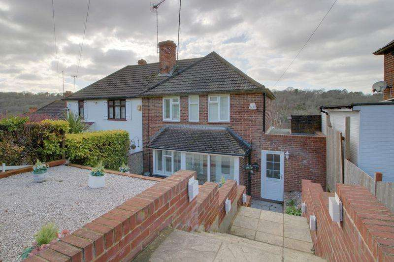 3 Bedrooms Semi Detached House for sale in Wontford Road, Purley