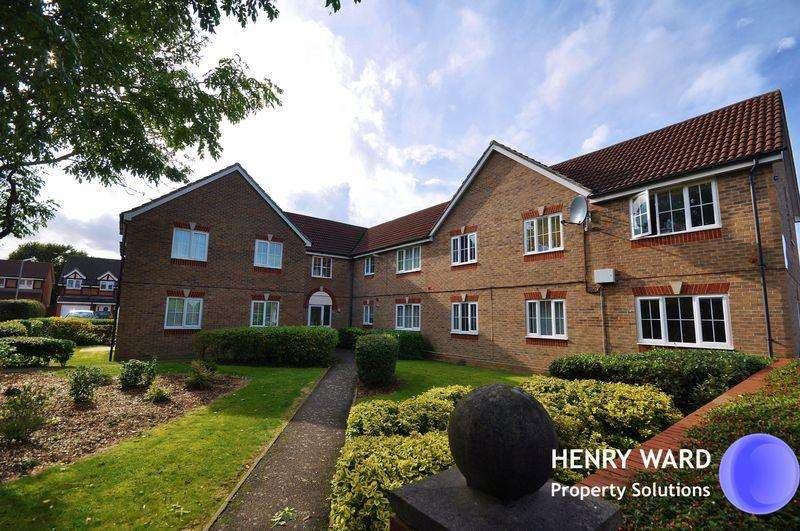1 Bedroom Apartment Flat for sale in Osprey Court, Osprey Road, Waltham Abbey