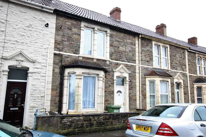 3 Bedrooms Terraced House for sale in Cecil Road, Kingswood, Bristol