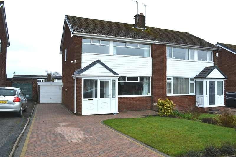 3 Bedrooms Semi Detached House for sale in Belmont Drive, Seddons Farm, Bury