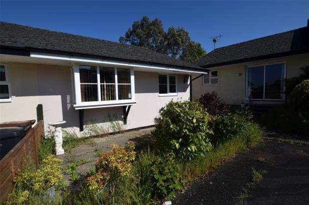 3 Bedrooms Bungalow for sale in Punchards Down, Totnes