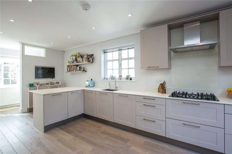 3 Bedrooms Semi Detached House for sale in Brookland Close, Hampstead Garden Suburb, London, NW11