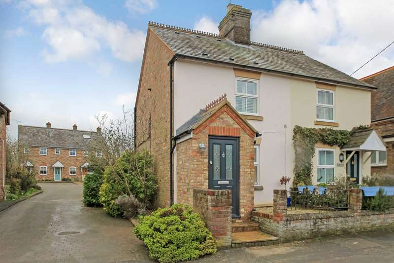 3 Bedrooms Semi Detached House for sale in Gamnel Terrace, Tring