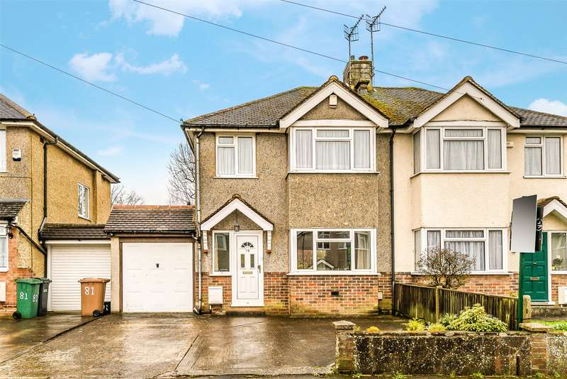 3 Bedrooms Semi Detached House for sale in Shirley Avenue, Redhill, Surrey, RH1