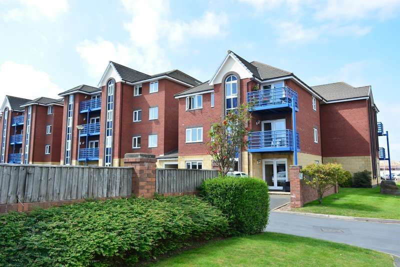 2 Bedrooms Flat for sale in Ensign Court, Squires Gate, Lytham St Annes, FY8 2TS