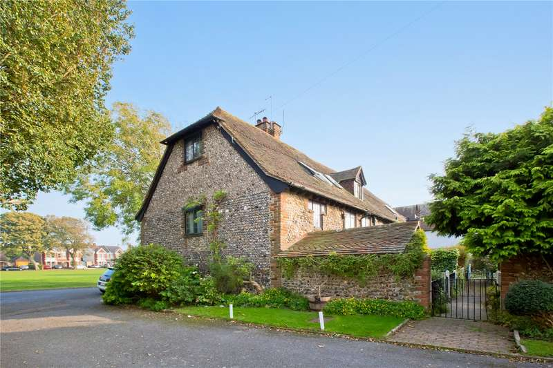 2 Bedrooms Mews House for sale in The Barn, The Green, Southwick, Brighton, BN42