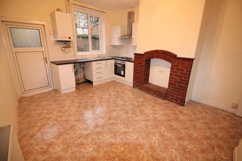 2 Bedrooms Terraced House for sale in Sudellside Street, Darwen