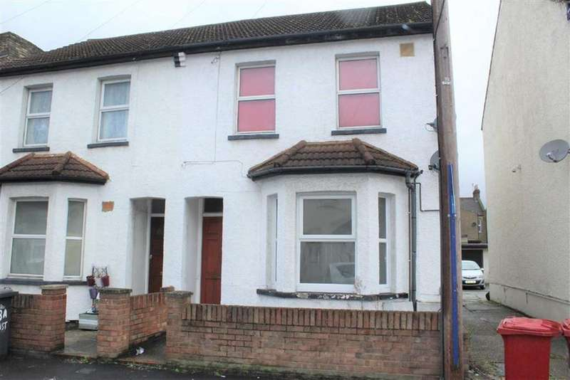 1 Bedroom Maisonette Flat for sale in Australia Road, Slough, Berkshire