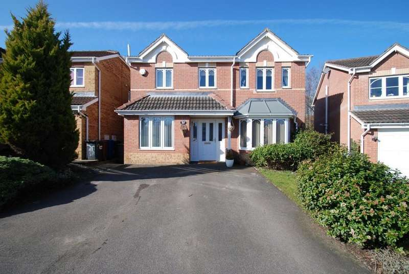 4 Bedrooms Detached House for sale in Stone Row Court, Tankersley S75