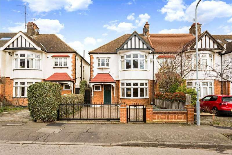 3 Bedrooms Semi Detached House for sale in Overton Drive, London, E11