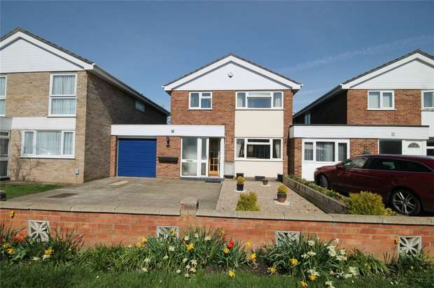 4 Bedrooms Detached House for sale in Bourneside, Bedford