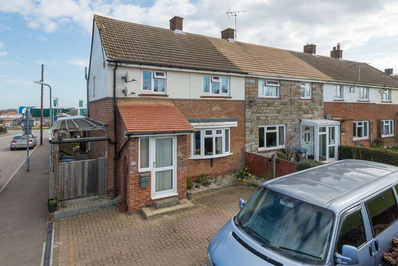 3 Bedrooms Semi Detached House for sale in Dorman Avenue North, Aylesham, CT3