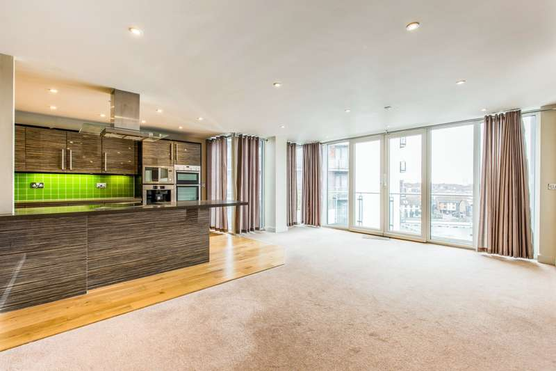 4 Bedrooms Apartment Flat for rent in Sirocco, Southampton