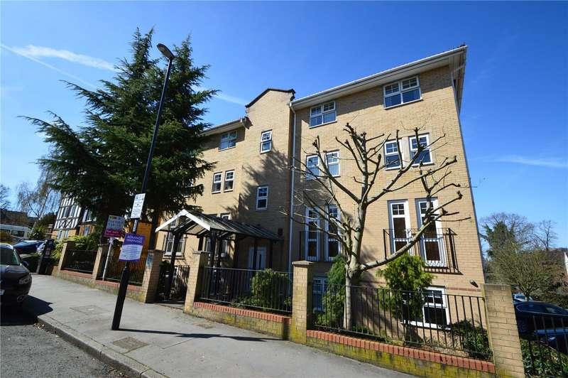 2 Bedrooms Apartment Flat for sale in Marlborough Court, 2A Birdhurst Road, South Croydon