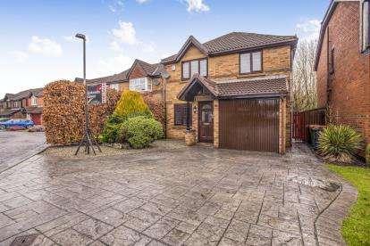 4 Bedrooms Detached House for sale in Glencourse Drive, Fulwood, Preston, Lancashire, PR2