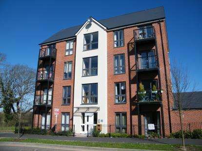 1 Bedroom Flat for sale in Jenner Boulevard, Emersons Green, Bristol