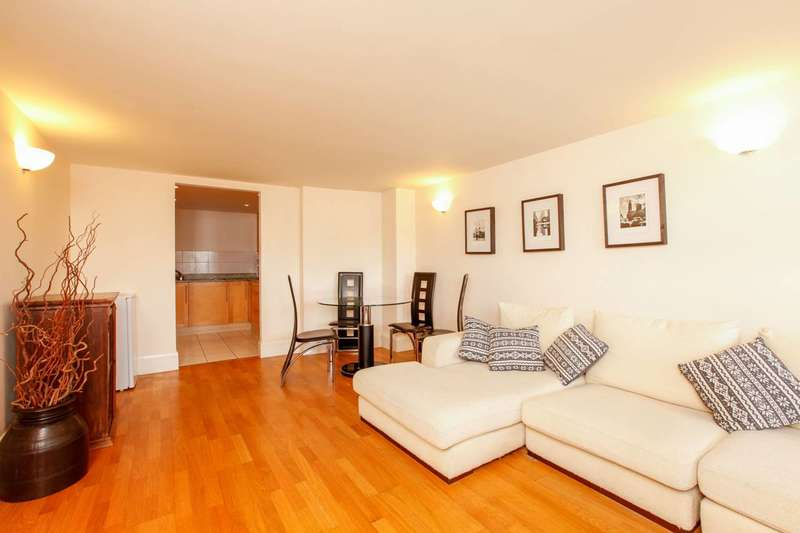 2 Bedrooms Flat for rent in River View Heights, Shad Thames, SE16