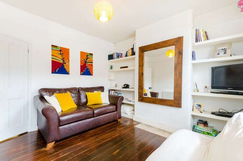 2 Bedrooms House for sale in Myrtle Road, Hounslow, TW3
