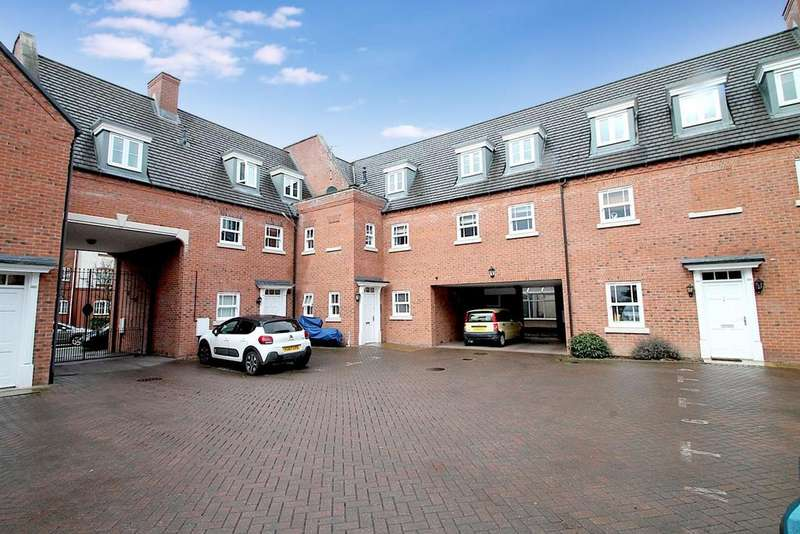 2 Bedrooms Apartment Flat for sale in Dartmouth Road, Cannock