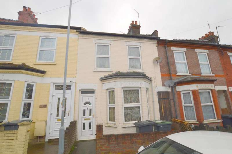 3 Bedrooms Terraced House for sale in Naseby Road, Luton, LU1 1LF