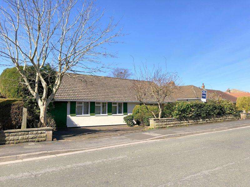 4 Bedrooms Detached Bungalow for sale in Old Park Road, Clevedon