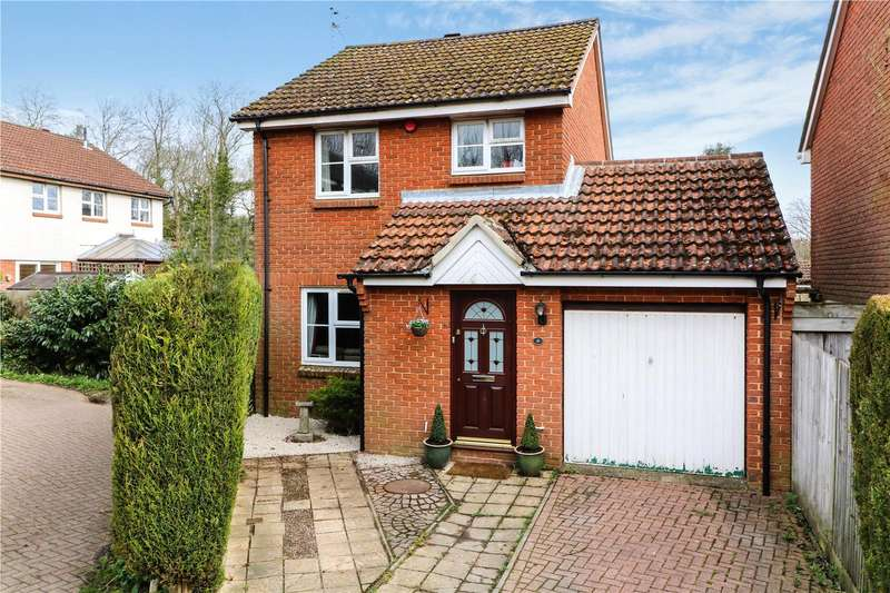 3 Bedrooms Detached House for sale in Markham Road, Capel, Dorking, Surrey, RH5