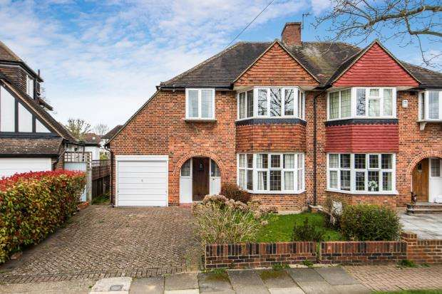 4 Bedrooms Semi Detached House for sale in Kingston Upon Thames, Surrey, England