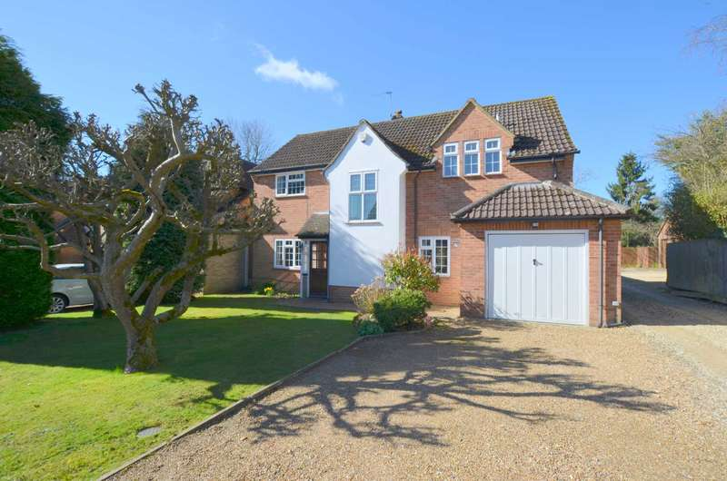 4 Bedrooms Detached House for sale in The Fennings, Chesham Bois HP6